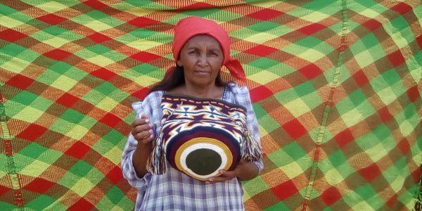 Carmen maman Lusi